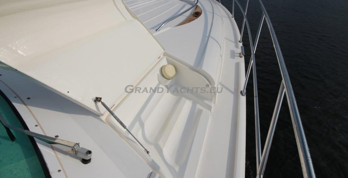 2002 Fairline Targa 52 large