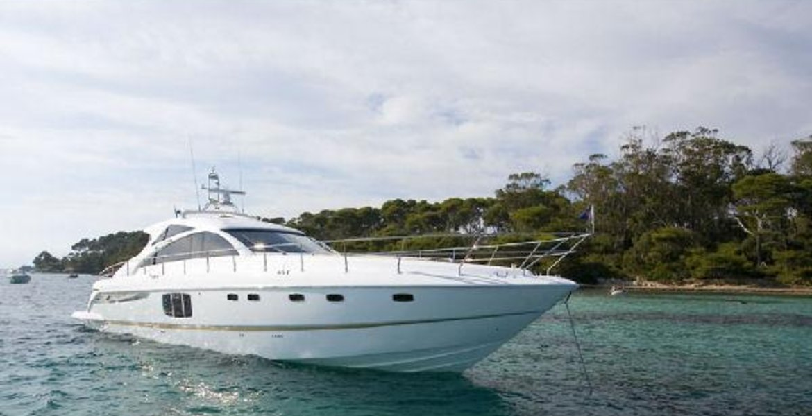2009 Fairline Targa 64 large