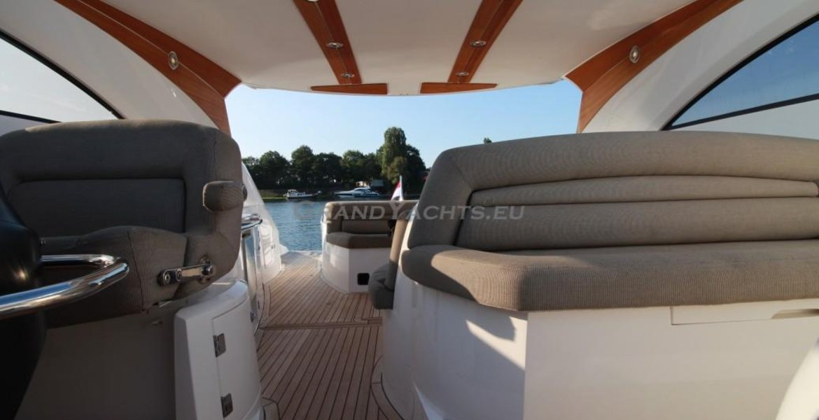 2007 Sunseeker Portofino 53 large